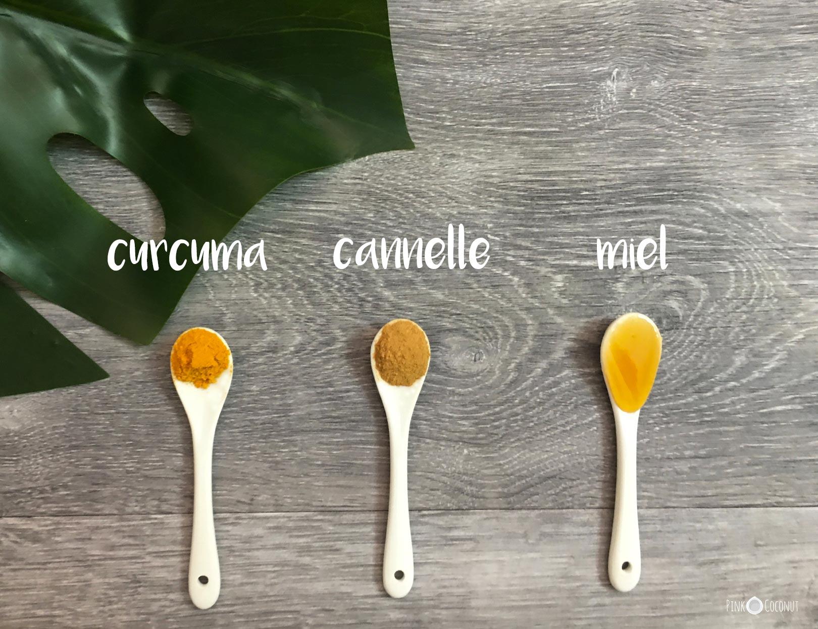 masque naturel pour le visage au curcuma, à la cannelle et au miel