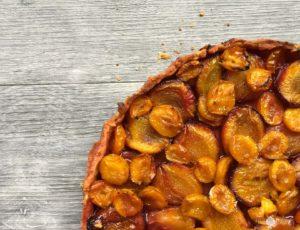 Image de ma Tarte aux Pruneaux et aux Mirabelles avec une recette de pâte brisée rapide et facile à réaliser